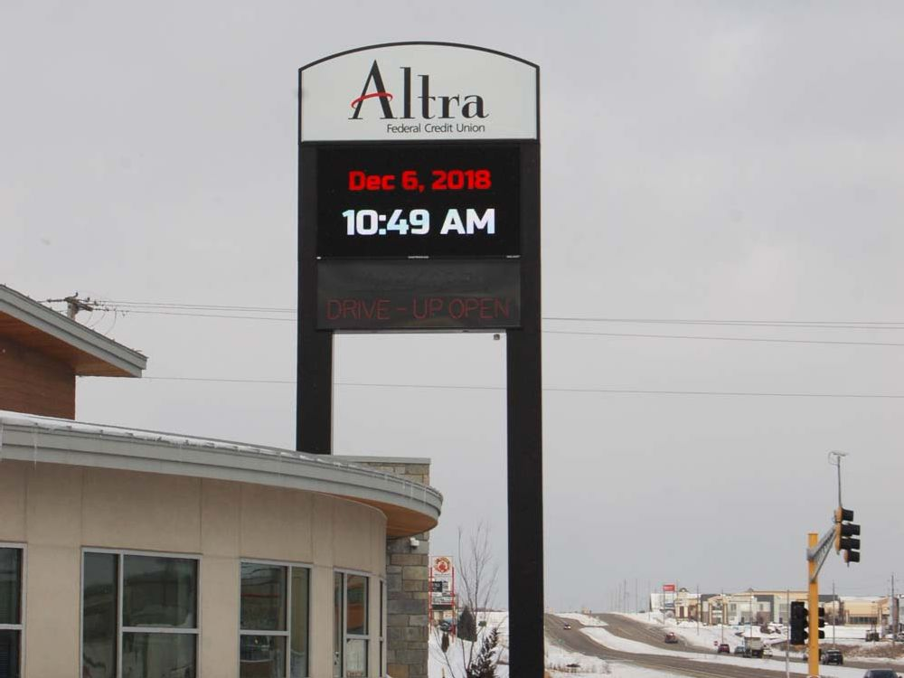 Altra - Pylon Sign - Rochester, MN