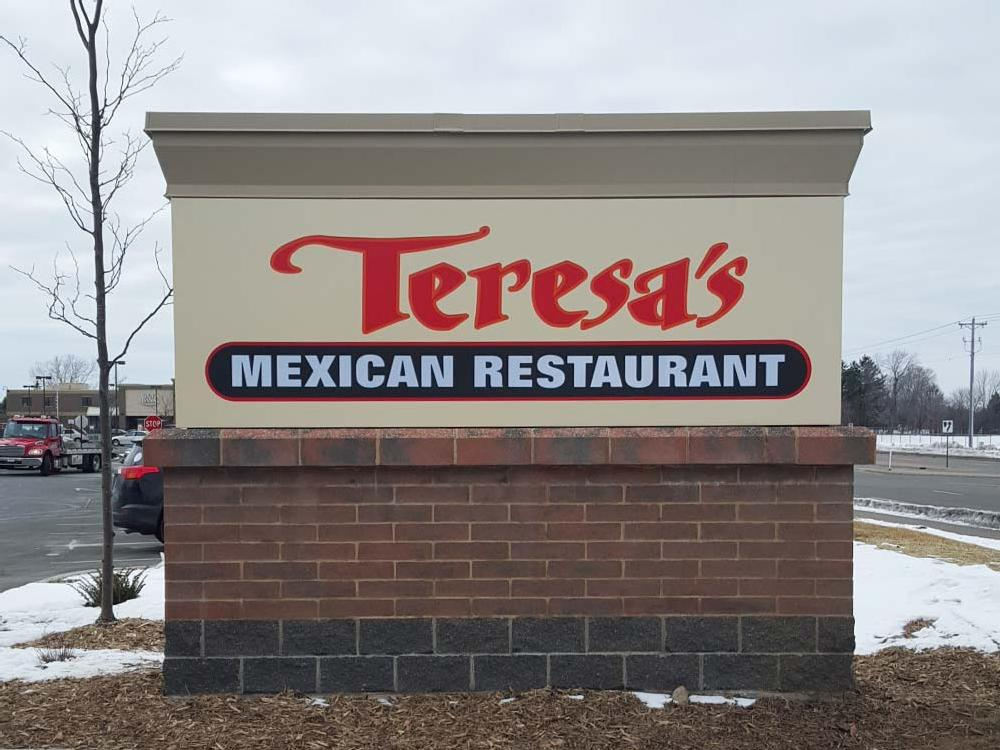 Teresa's Mexican Restaurant - Monument Sign - Eagan, MN