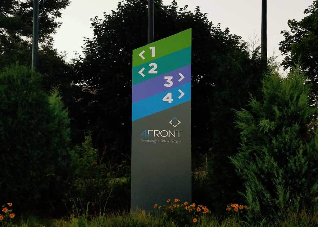 4Front - Wayfinding Sign - Oakdale, MN